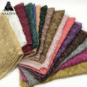 Hot sale fashion women print scarves and shawls embroidery flower pearl pashmina hijab scarf women