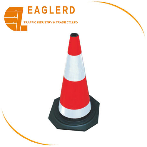 50cm Rubber traffic cone for road safety