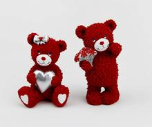 Wholesale Mini Resin Red Teddy Bears Holding A Heart with Flower for Valentines Day