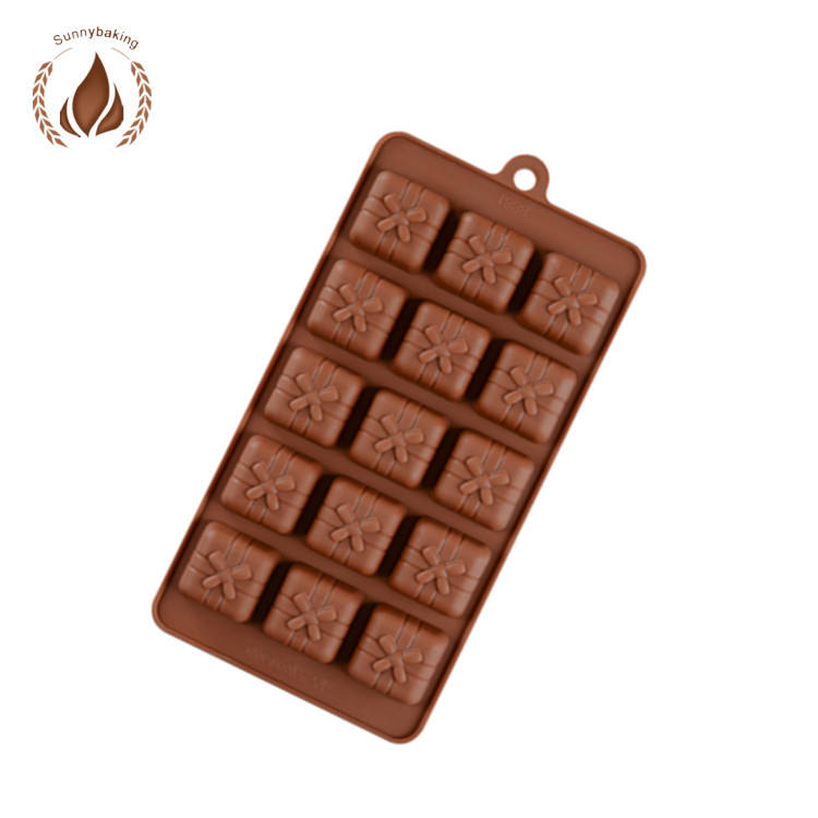 2018 Amazon Hot Sale 15 even gift box silicone chocolate mold