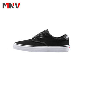 2020 Fashion style skateboard shoes blank men canvas shoes