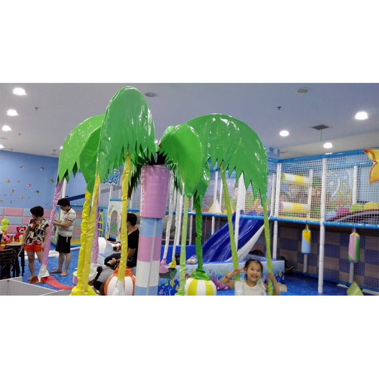 2015 latest 3~4 years indoor soft playground and best selling kids amusement facility