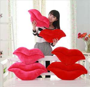 Hot Sale Soft plush decorative Sexy Lip shaped throw Pillow /Fashion Design Lip Shaped Pillow