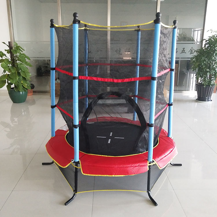 JianTuo 55inch Popular Indoor 140cm Trampoline Kids Mini Trampoline