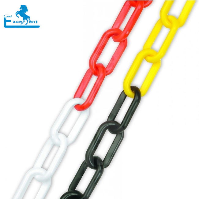 Traffic use yellow black plastic chain