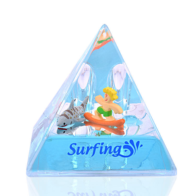 Liquid filled pyramid floating paper weight plastic pen holder Water paper weight