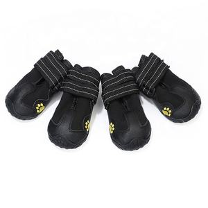 Dog Shoes Water Resistant Dog Boots Anti-slip Warm Paw Protector for Medium to Large Dogs Labrador Husky Shoes 4 Pcs