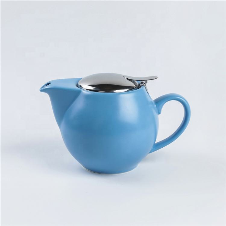 Best selling modern teapot wholesale blue porcelain tea pot with infuser