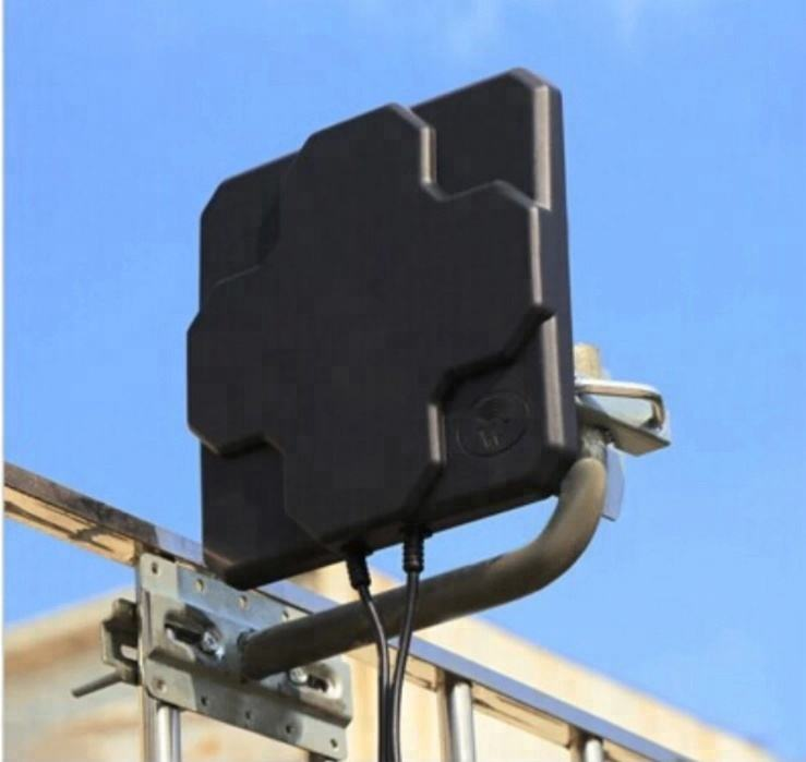 4G LTE Antena Panel Outdoor 18dbi High Gain 698-2690 MHz Udara Directional MIMO Antena Eksternal