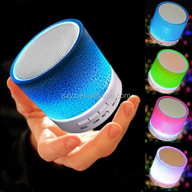 Colorful LED Light Mini Speaker Nirkabel dengan FM <span class=keywords><strong>Radio</strong></span> Aux Line Ine, Slot USB dan Logo Kustom <span class=keywords><strong>Layanan</strong></span>