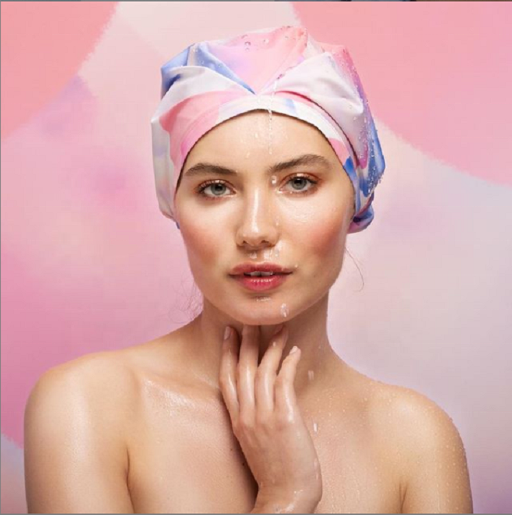 New Product Ideas 2019 Waterproof Eco-friendly Premium Luxury Hotel Mommy Baby Hair Spa Bath Shower Cap with Stand Box