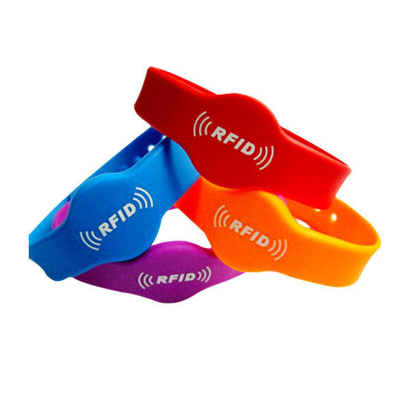 Factory cheap and Customized Logo or Color Wristbands Hand Band with Different Craft Personalized RFID Silicon Bracelet