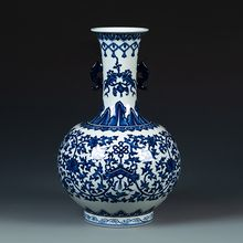 Artistic jingdezhen handmade ceramic blue and white vase for indoor decor