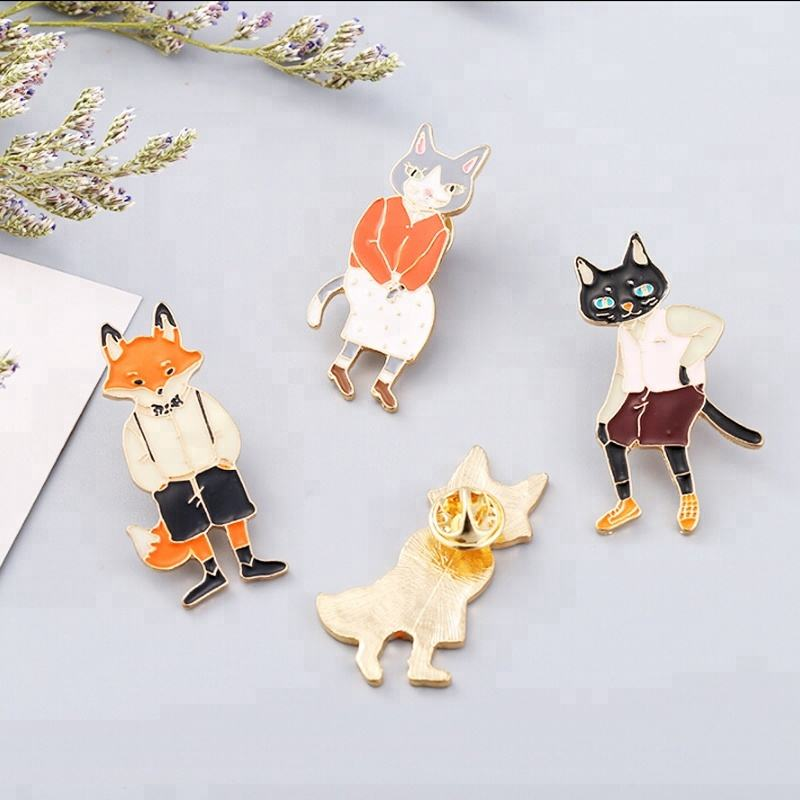 Lovely little animal brooch pin custom alloy inlaid artificial brooch