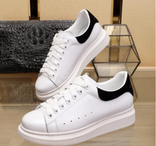Top Quality designer Alexander Fashions Queens Leather athletic casual shoes running sneaker for women vetements