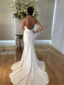 Plain Solid White Summer Sexy Sling Wedding Gown Wedding Dress with Long Trail
