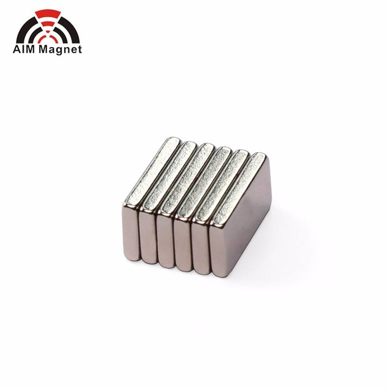 Block magnet 20 x 4 x 2 mm