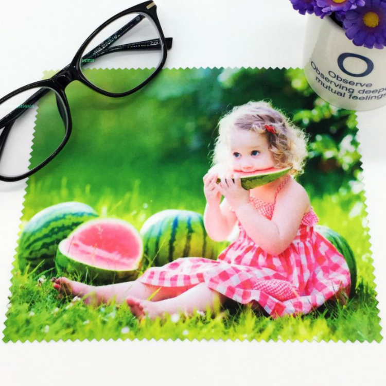 Factory Supplier ever changing design goggle lens cleaning cloth embossing glass embossed printing
