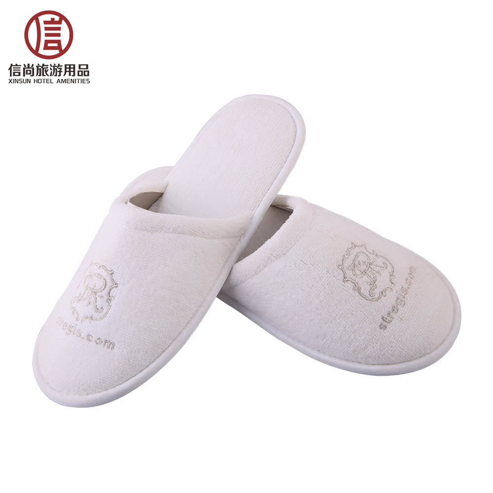 Soft wholesale white velour embroidery cheap hotel slipper