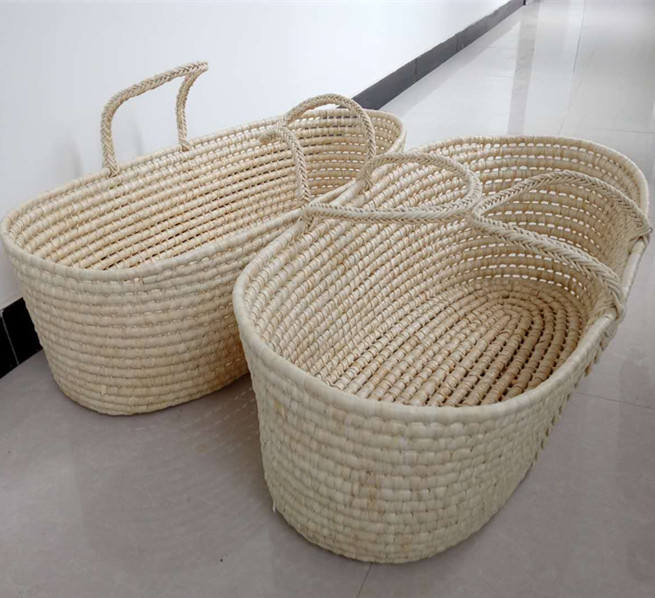 Wholesale handmade straw woven maize baby moses baskets