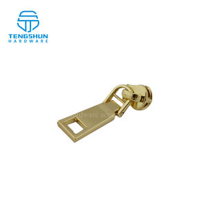 supplying metal zipper puller of bags or luggage make in China