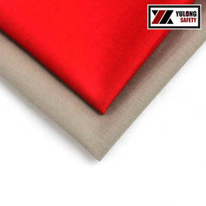 Red 300gsm Cotton Nylon Blend Waterproof Fire Resistant Fabric For Industrial Uniform