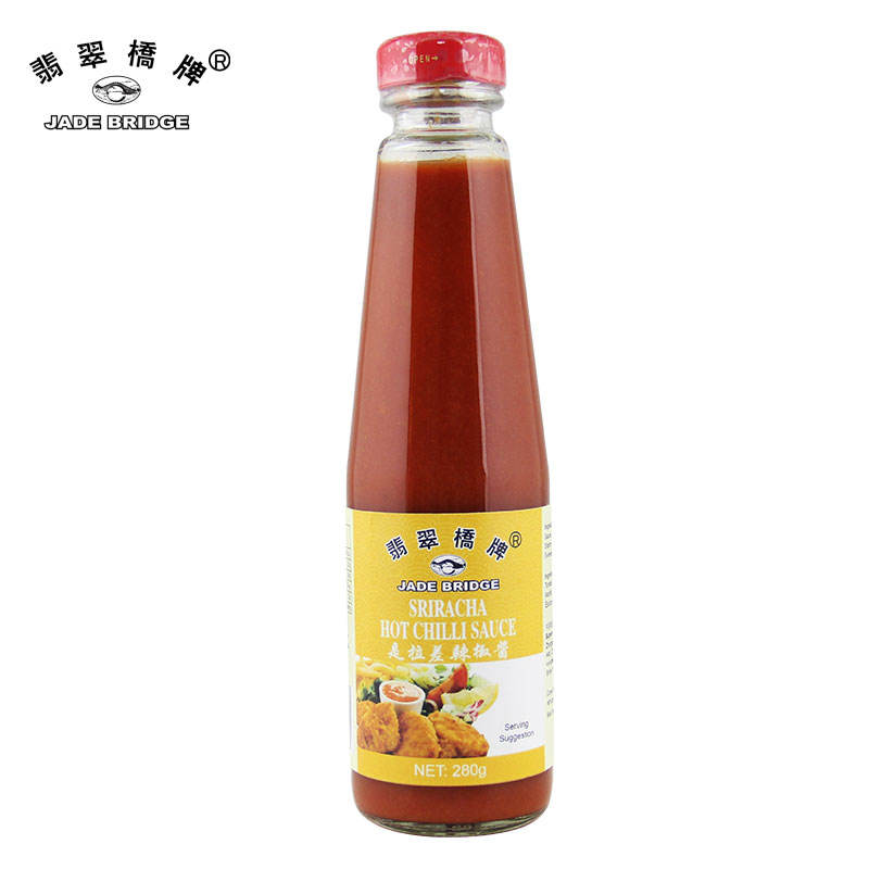 495 g Squeeze Bottle Jade Bridge Sriracha Chilli Sauce