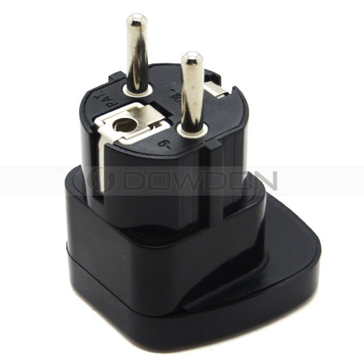Factory Supply Universal Plug Electrical Converter 16A 250V European Electrical Plug Adapter