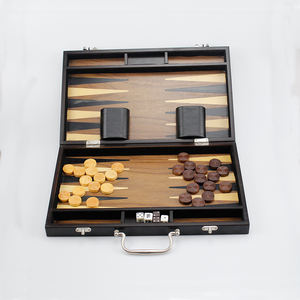 Di legno backgammon chip pieghevole backgammon box set backgammon scacchi