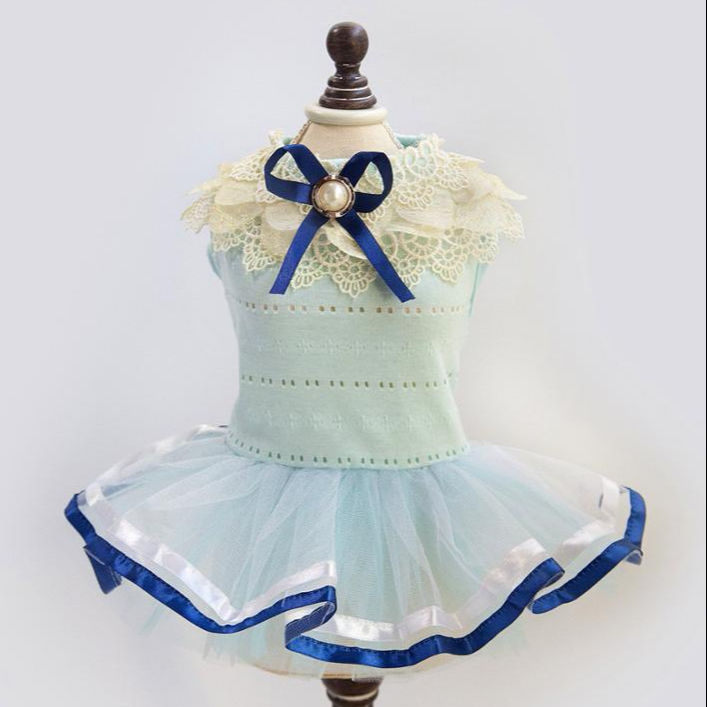 Pet Dog Tutu Dress Girls Dog Clothes Summer Pet Petal Collar Skirt Small Dogs Puppy Bow-tie Lace Wedding Chihuahua Teddy