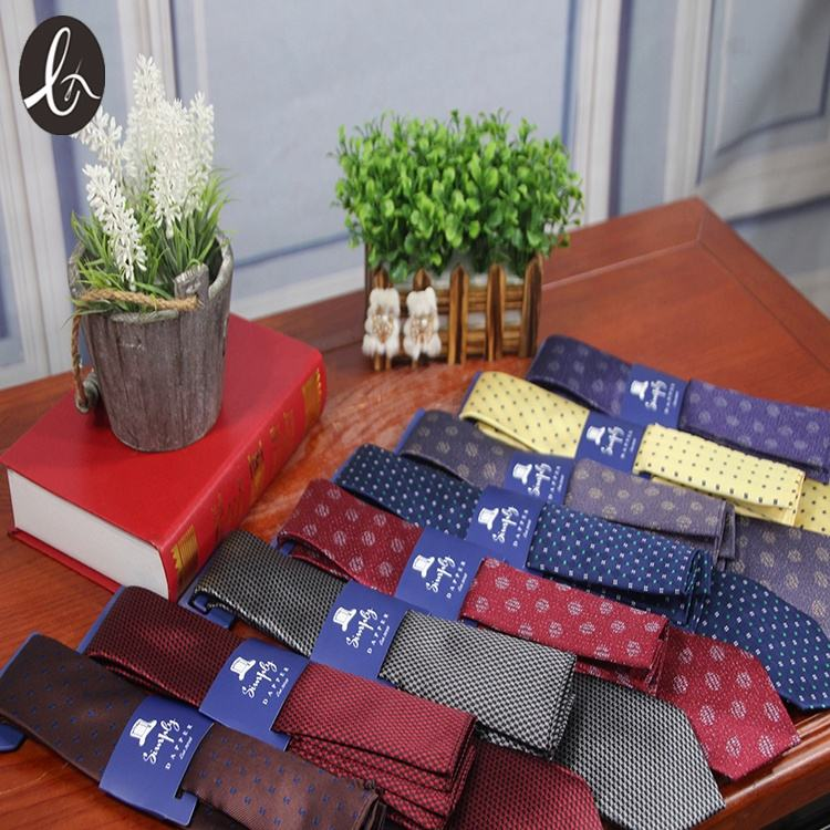 Customized cheap hand made men luxury necktie silk ties