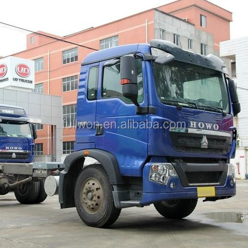 6 wheels 180hp Howo T5G Cargo Crane Truck Chassis for sale