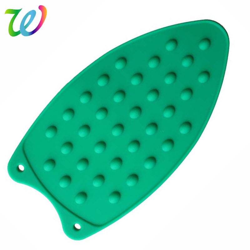 Flexible heat resistant silicone iron rest iron mat