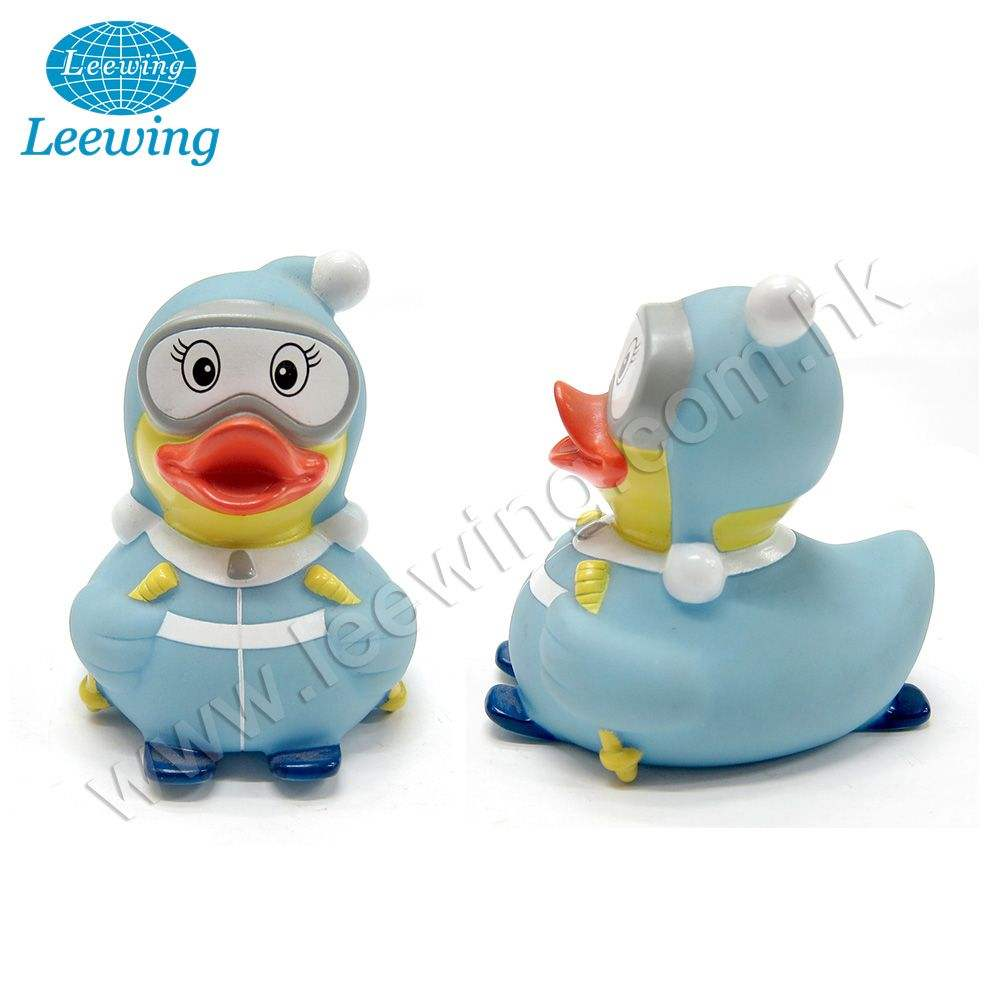 Hot Sale Plastic Ice Skiing Yellow Rubber Duck Promotional Duck Theme Gift Item