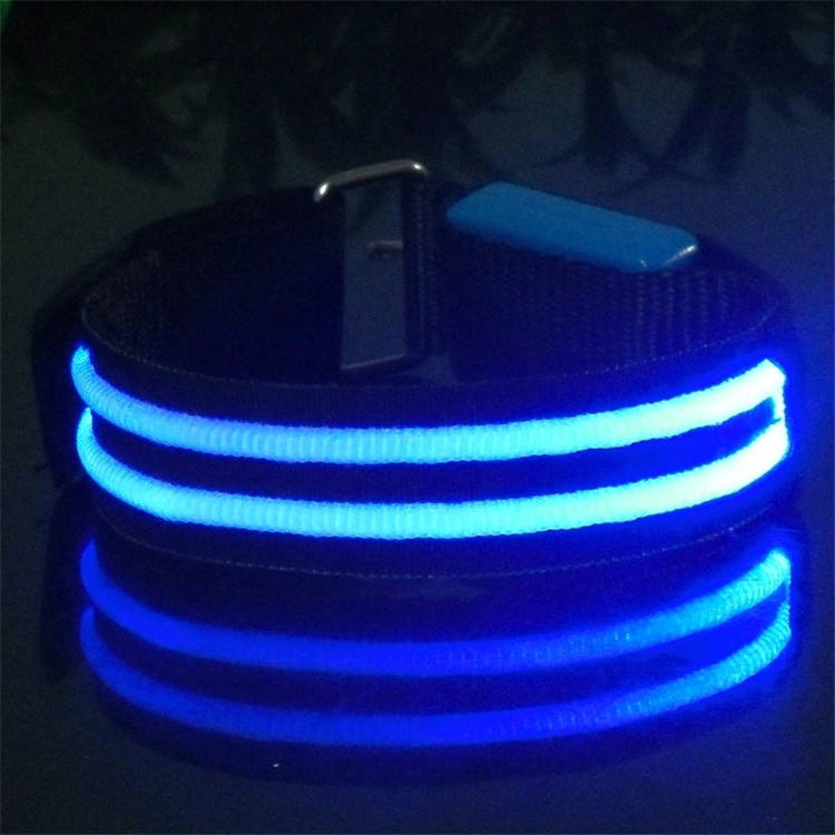 Brazalete <span class=keywords><strong>Led</strong></span> de fibra óptica doble luminosa
