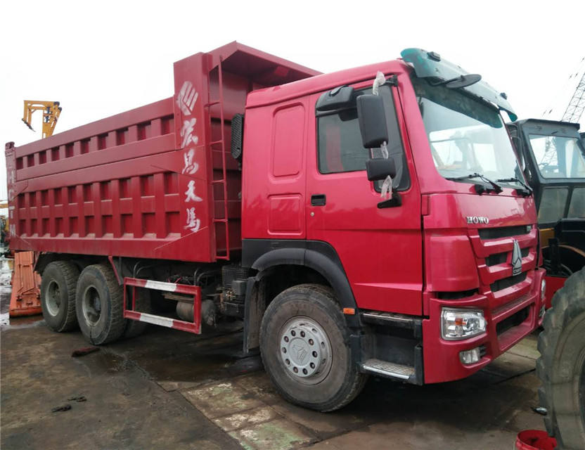 HOWO dump truck tipper truck , sinotruck 6x4 / 6x6/ 40 ton manual dump for sale in philippines