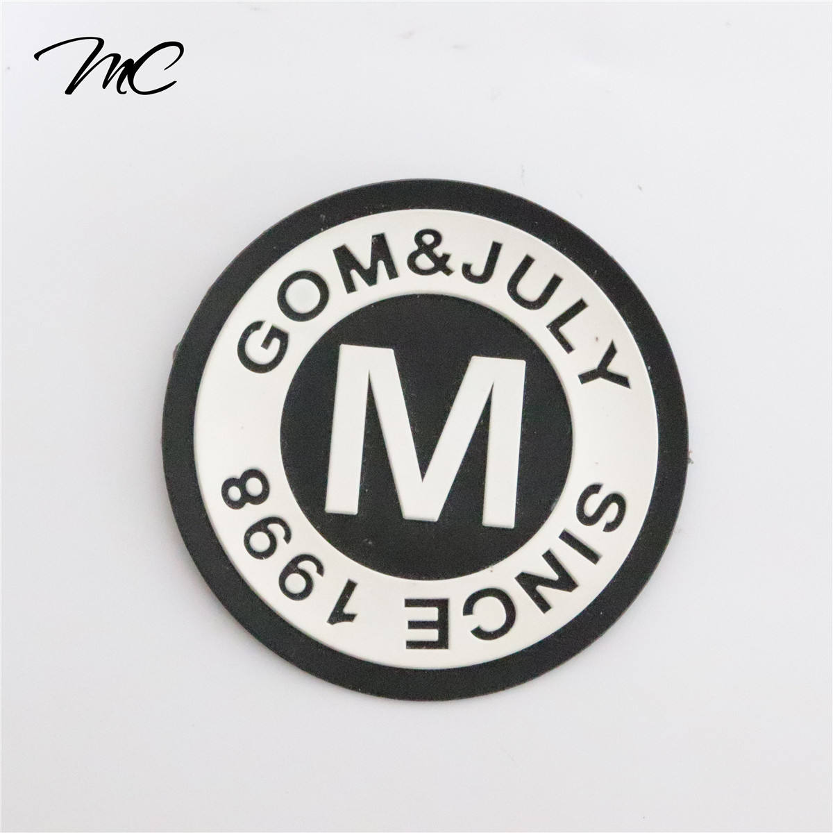 Customized High Quality fashion Garment Labels 3D PVC Rubber Silicon Bag Label Patch for clothes