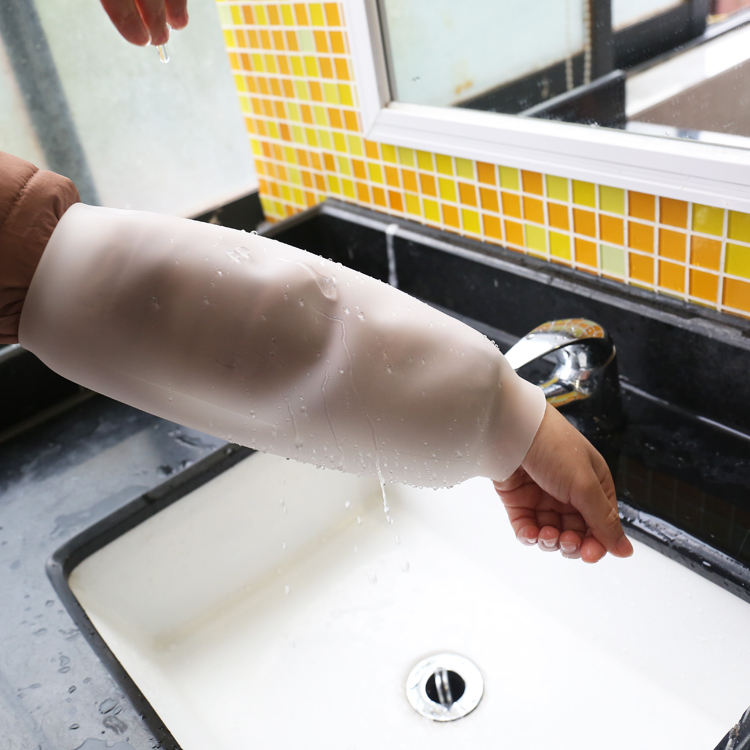 Long waterproof oversleeve silicone rubber arm sleeve for kitchen or garden