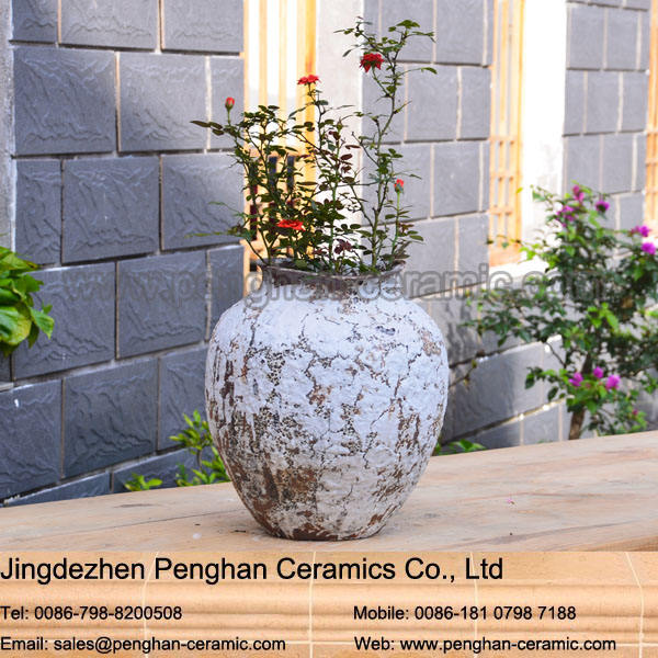 Unique old style garden urn planter wholesale terracotta pot