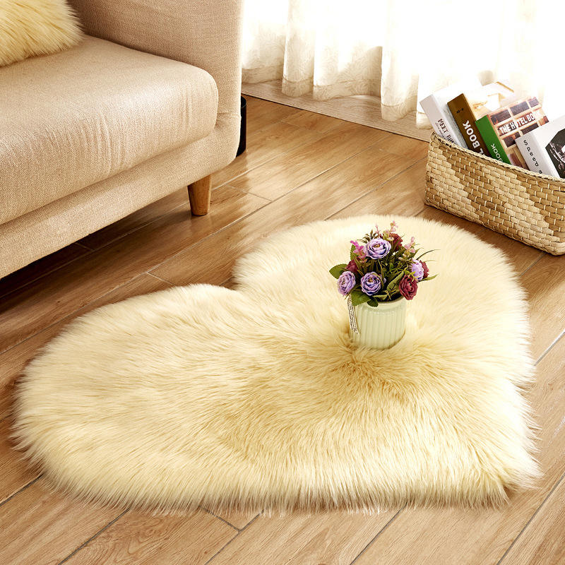 Heart Shape Carpet Artificial fur Rugs Non Slip Bedroom Living Room Decor Shaggy Carpet Mats Soft Area Rug Tapetes