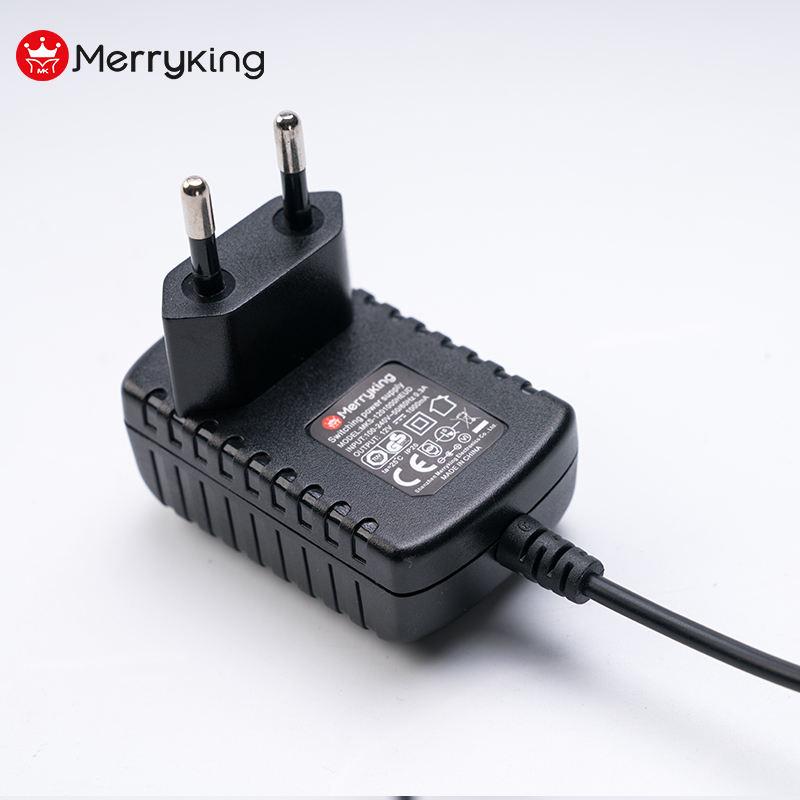 Smart 2 Bay Li-ion Battery Charger for 18650 Batteries 4.2v 800mA Output US Plug