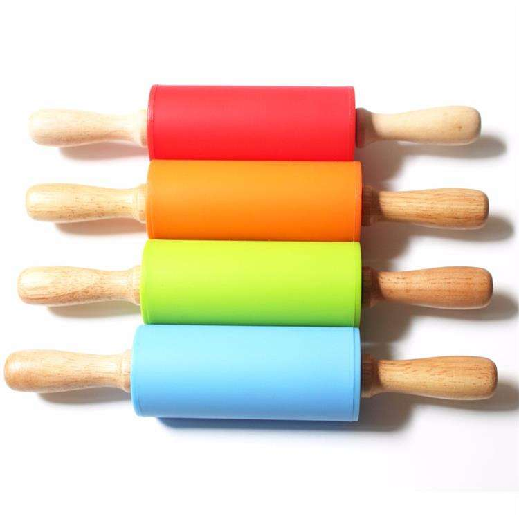 Wholesale Wood Handle Silicone Surface Dough Rolling Pin Mini Roller