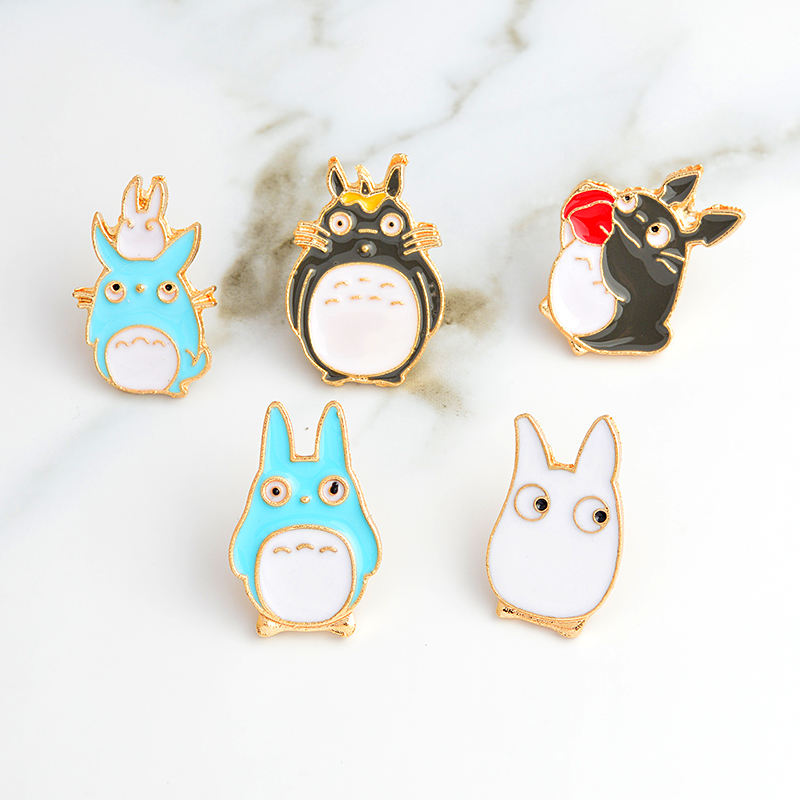 Il mio Vicino di Casa Bella Totoro Chinchilla Spilla Pulsante Pin <span class=keywords><strong>Distintivo</strong></span> Del Fumetto Animale Dei Monili del Regalo