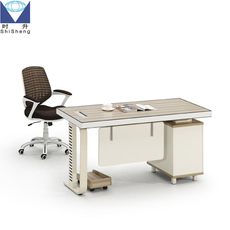 Customized small size panel office desk/staff desk with metal frame