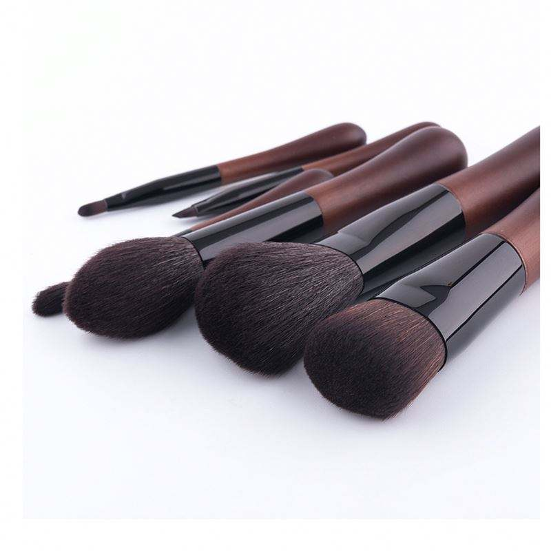 Synthetic Hair Wood Handle Big Powder Blush Single Makeup Brush Flat Brush