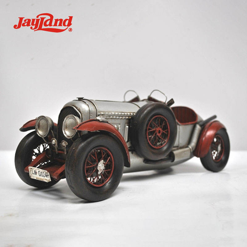 Retro industrial style handmade iron art sports car model silver top class sedan run 1924