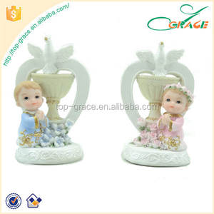 Fancy Decorative Resin Baby Favors Souvenirs First Holy Communion