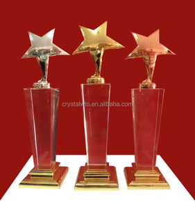 Customized New Design Crystal Star Metal Trophy