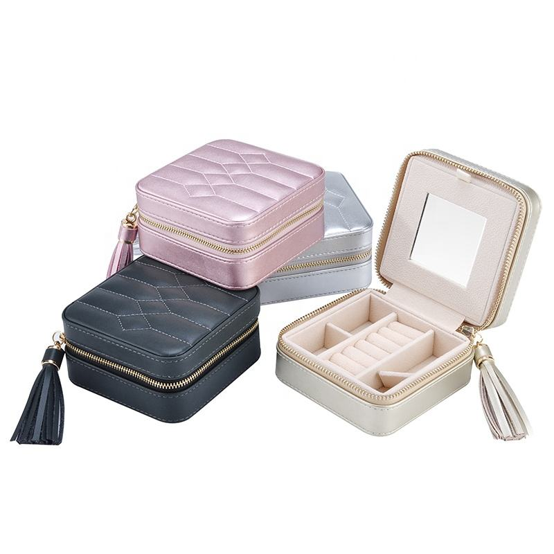 Beautiful gift hand made square travel leather small leather velvet case jewellery jewelry box