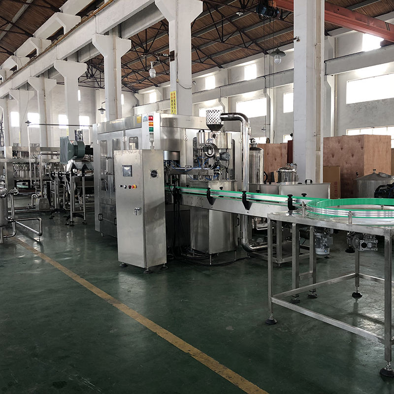 Automatic complete carbonated soft drink filling production line/plant machine